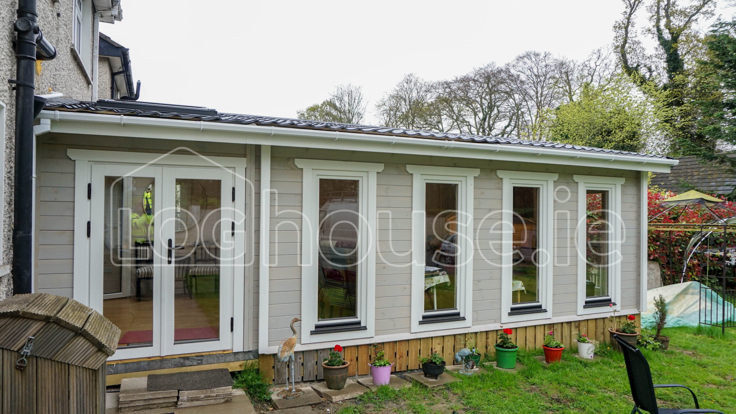 Loghouse Log Cabin Extension